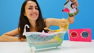 Sevcan Barbie'nin Saçını Yıkıyor. Eğlenceli Oyunlar
