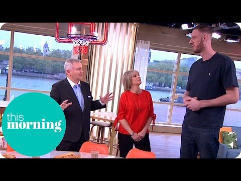 Meet Britain's Tallest Man! | This Morning