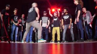 Girl Zonta vs Zonta - Madness Live Top 8 Krump 1vs1