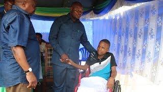 Waziri Waitara atinga kwa mwanafunzi aliyevunjika uti wa mgongo, atoa tamko