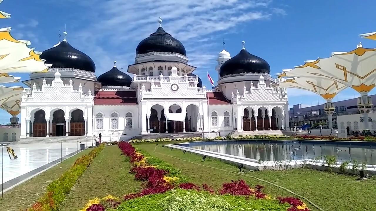 Hasil gambar untuk Masjid Baiturrahman, Banda Aceh
