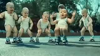 الأطفال يرقصون ويفرحون مع أغنية ماما جابت بيبي - مسرعة