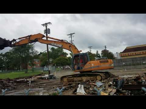 Abandoned Liquor Store Demolition in Dayton, Ohio. Part 1 (Gina's Party Store)
