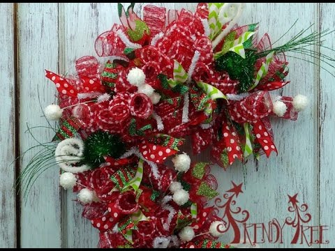 candy cane wreath tutorial by trendy tree