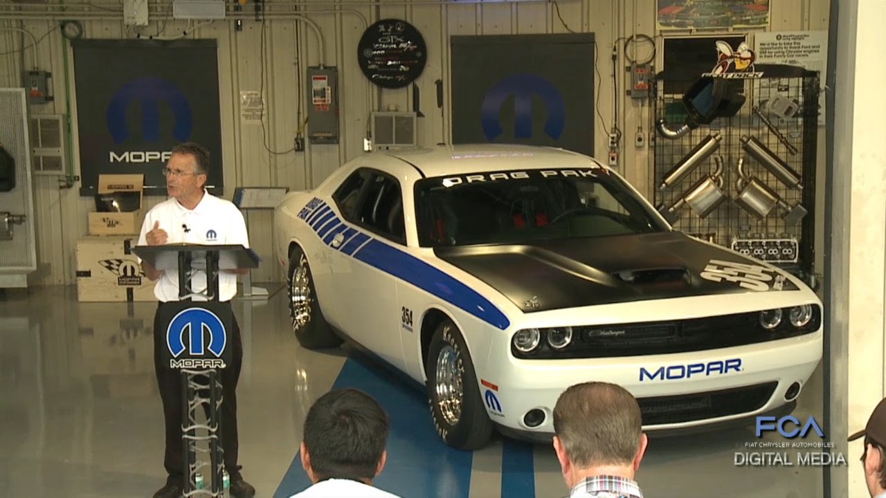 What's New for 2016: Mopar Dodge Challenger Drag Pak Reveal