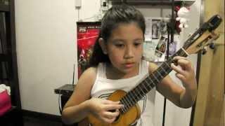 อ มอ น ukulele finger style cover by sydney