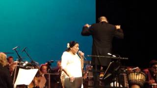 "Asha Bhosle, live in Holland. ""Aao na gale lagao na"""