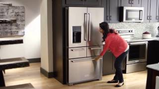 The First-Ever 5-Door Refrigerator | KitchenAid(Find a place for everything in the first-ever 5-door refrigerator. Its two self-closing drawers provide the perfect environment for their ingredients. The left drawer is ..., 2015-08-19T18:33:16.000Z)