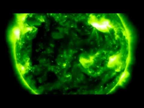 NASA: Vídeo captura OVNI sugando energia solar