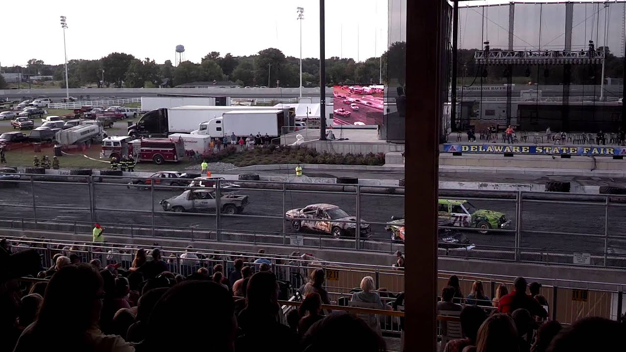Delaware State Fair 7/18/2014 Demolition Derby Heat 1 - YouTube on