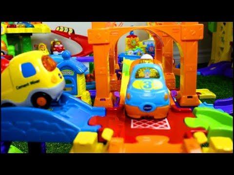 Smart Wheels City: Parking Adventure | Vtech Go! Go! Smart Wheels toy cars.
