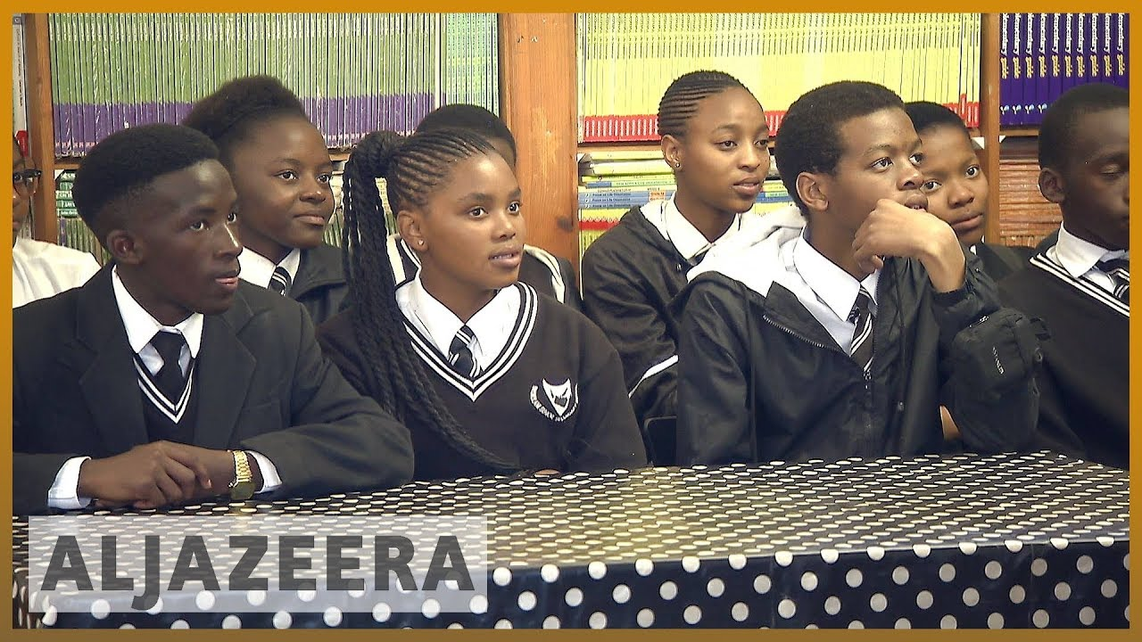Inequality haunts South African students 