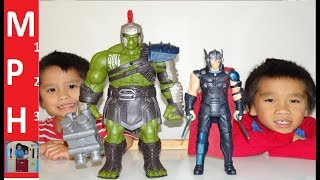 Marvel Thor RAGNAROK Electronic Thor and Interactive Gladiator Hulk Toy Review! MPH123