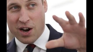 Baixar Príncipe William dança e se joga ao som de música sobre 'cannabis