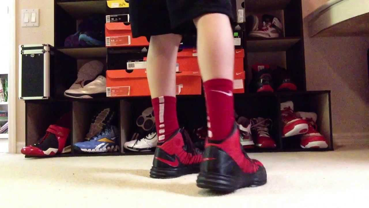 hyperdunk black and red