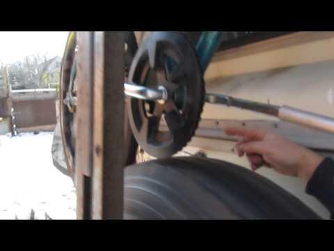 "Wind powered air compressor concept w/ ""fluidic flywheel"""