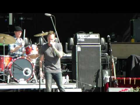 Dallas Smith-  Wasting my time - Country Thunder 2014