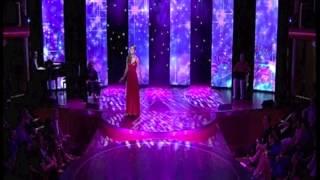 "Saskia Leppin singt ""Küss mich, halt mich, lieb mich"""