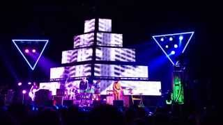 KOOKY LONDON NEWS : THE SMASHING PUMPKINS AT WEMBLEY ARENA - OUR OWN PASTICHIO MEDLEY!