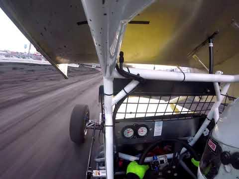 Knoxville Raceway Pro Sprints Heat Race 5/4/19