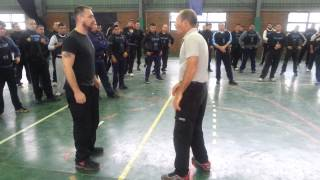 Entrenando a la Policía Federal Argentina.