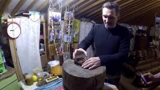 �������� ���� Самый быстрый способ колоть кедровые орехи! ������