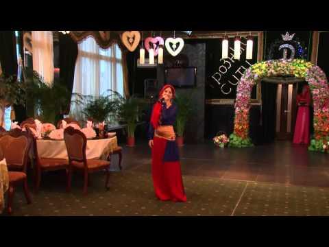 Исламская дизайнерская одежда Tasmila мода Весна- лето 2013 Грозный