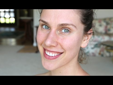 ACNE UPDATE: I FINALLY HAVE CLEAR SKIN  (+ I'm Delusional + Life Changes) | Cassandra Bankson