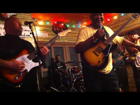 Carl Weathersby At Kingston Mines Chicago