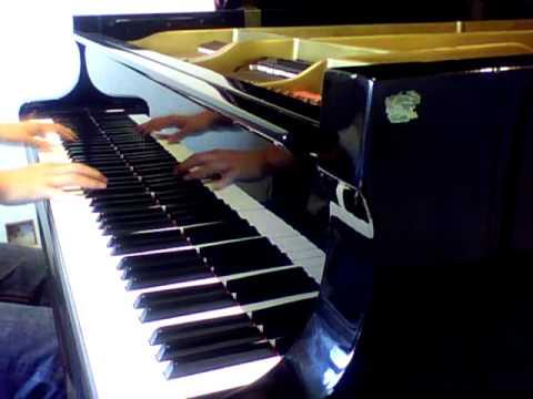 Avril Lavigne - Alice(Underground) (Soundtrack of Alice in Wonderland 2010)  [piano cover]