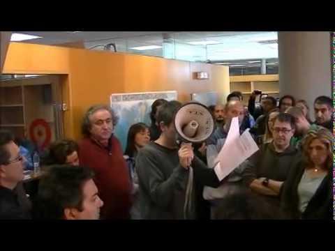 Valencia's public TV journalists protest against censorship on #PrimaveraValenciana