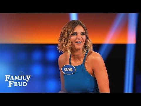 Can Luke Pell score one for the Bachelors? | Celebrity Family Feud
