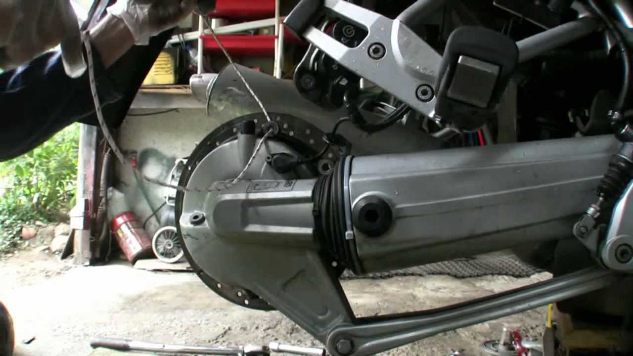 Bmw R4v Swingarm Freeplay Adjustment Luzy Na Wahaczu