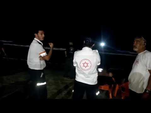 """החיפושים הלילה אחר הצעיר. צילום: שמעון פארג תיעוד מבצעי מד""""א"""