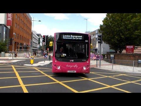 Buses at Putney Bridge 18/08/2016 | TravelerBase | Traveling