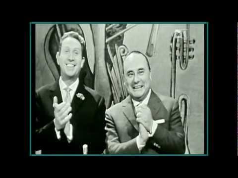 Charles Trénet invité de Mario Riva à la Télé italienne.