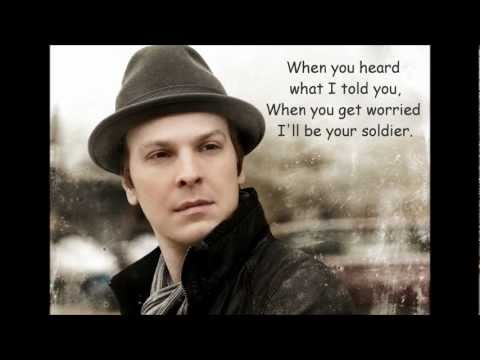 Gavin DeGraw - Soldier (lyrics)