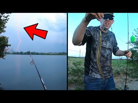 2 Days Bank Fishing For Catfish With Bobbers In Storm - Using Eel As Catfish Bait