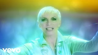 Watch Annie Lennox Shining Light video