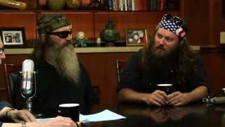 """The """"Duck Dynasty"""" Stars Answer Social Media Questions   Larry King Now   Ora TV"""