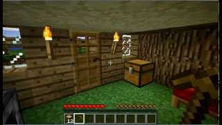 How to make a wooden pickaxe - Minecraft Tutorial