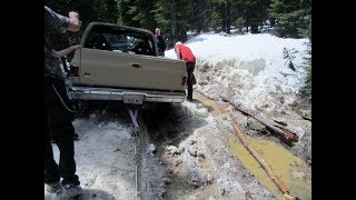 Video DIY Overland: Traction Boards Offroad Recovery 4x4 download MP3, 3GP, MP4, WEBM, AVI, FLV Agustus 2018