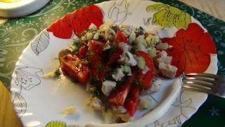 Салат по испански с каперсами и сельдереем