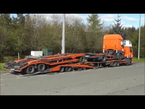 De Rooy DAF Transporter loading a De Rooy Iveco Transporter: A quick look at how De Rooy run when empty. Filmed just off the M74 in Scotland before travelling South.  Music: Hungarian Rhapsody No. 2 (by Liszt) Artist: Liszt Music downloaded from the free YouTube Audio Library.