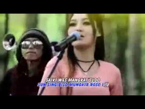 Free Download Nella Kharisma ~ Wong Nomer 3 Mp3 dan Mp4