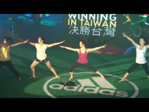 Tina's 2010 adidas Brand Day Taiwan Yoga Show