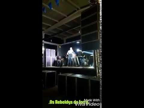 Os Rebeldys do forró em Vila Nova de Pedro Velho.