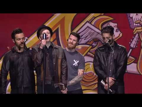 APMAs 2014: Fall Out Boy win Artist Of The Year, presented  Korn