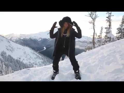 Ciara dancing on mountains while pregnant