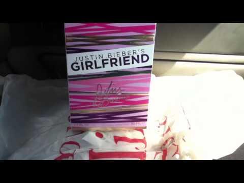 ❤JUSTIN BIEBER❤ Girlfriend Perfume Unboxing!!!